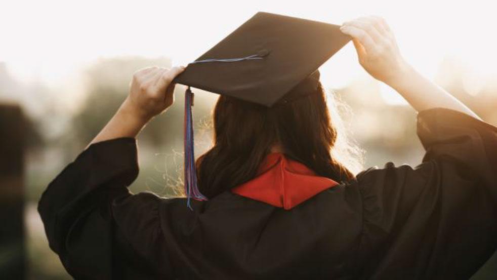 Bachelor-degree